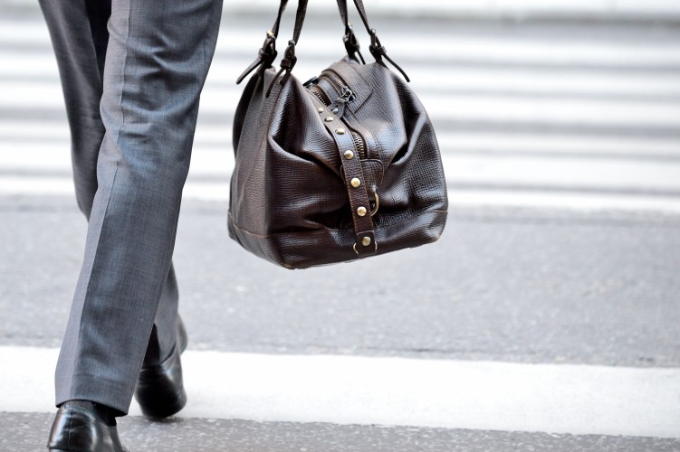 Resized_Man-in-suit-with-bag,-on-zebra-crossing-531594755_3000x1997.jpg